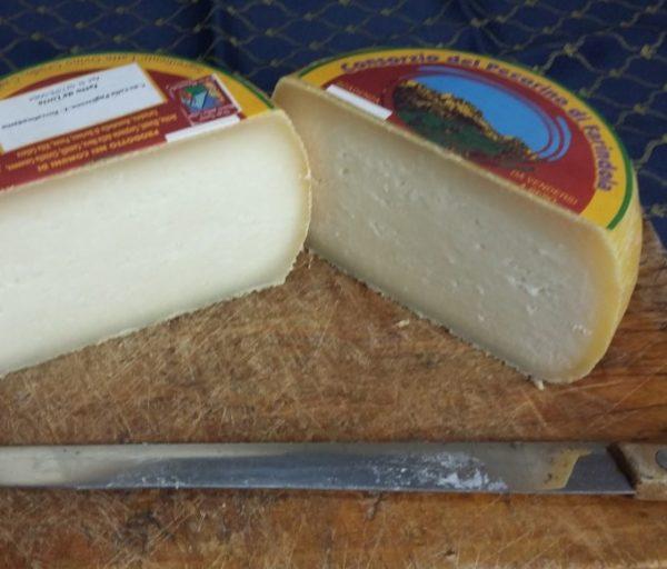 grandi-formaggi-pecorino-farindola3